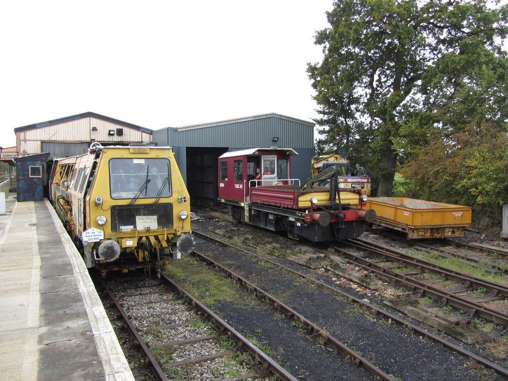 condado de tierra dentro o fuera de uso Swindon Ferrocarril Totem signo