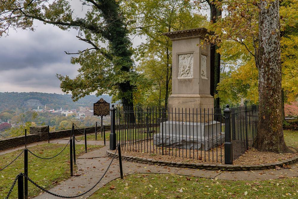 Tumba de Daniel Boone, Frankfort