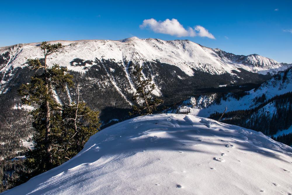 Wheeler Peak, Valle de esquí de Taos